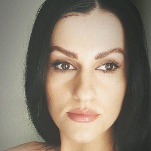 Belinda Dibra Kohorst, Albanien